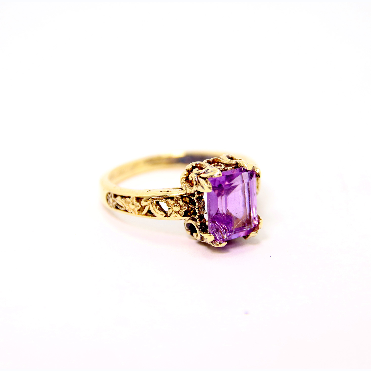 14k Gold Amethyst Ring 2 - Baltinester Jewelry
