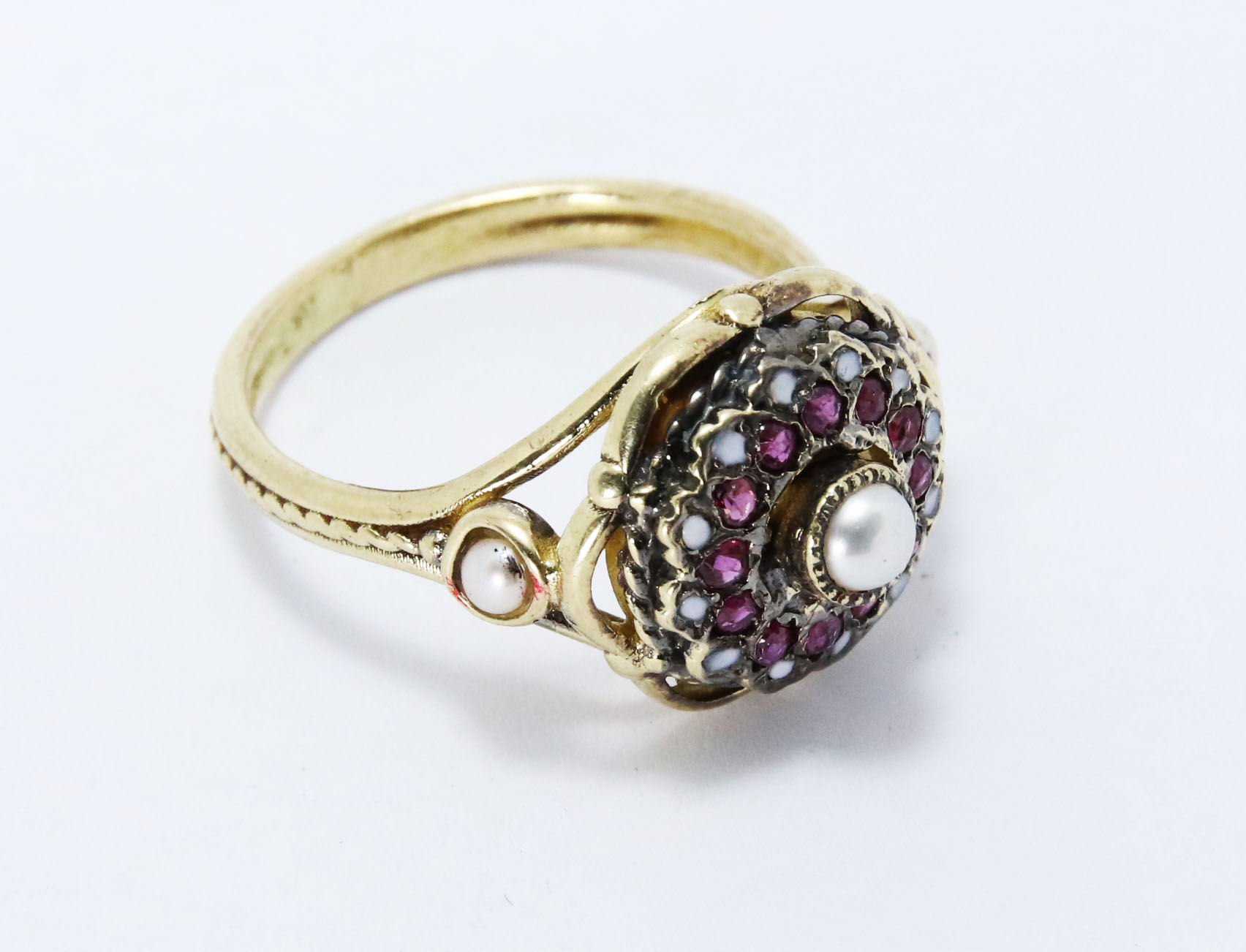 Pearl Flower Ring 14k Gold 2 - Baltinester Jewelry